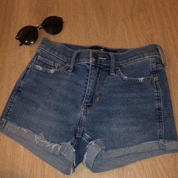 Hollister Pants - vintage high rise denim shorts